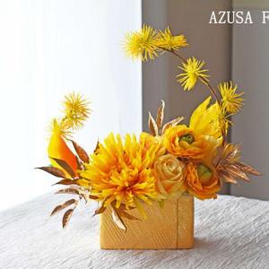 菊のアーティフィシャルフラワーアレンジ