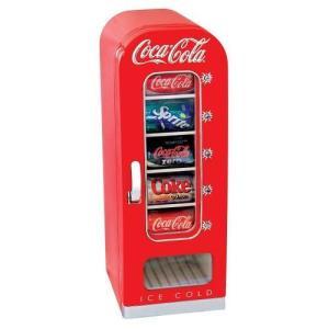暑い夏にキンキンに冷えたコーラを手軽にグビっと飲める「コーラ専用冷蔵庫」