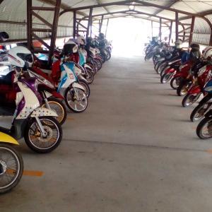 タイの皆さんの通勤のバイクの・・・のぉ~