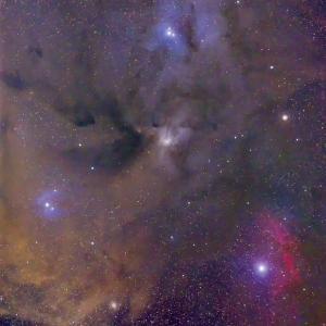 アンタレス周辺の星雲たち