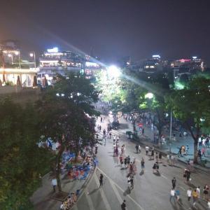 ベトナムはお祭り騒ぎ!