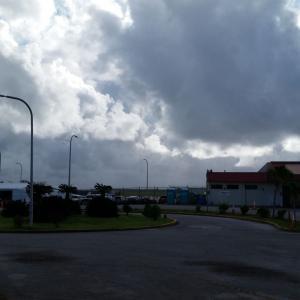 台風21号接近中の空