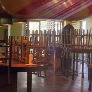 ワイキキのレストランのコックがコロナウィルスに感染して一時閉店中