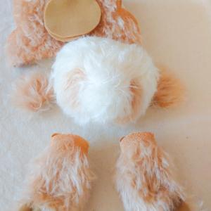 ミルクティなパンダの腕と頭が縫えました!