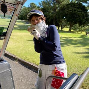 ゴルフをせんとや生まれけむ