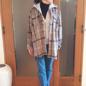 オーバーサイズの厚手CPOジャケットはコート代わりの便利アイテム