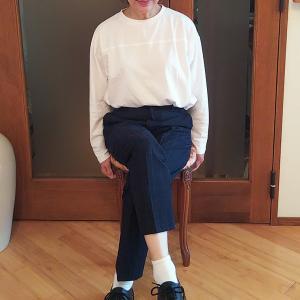 ドクターマーチン3ホールシューズのレディースコーデ|足首を強調して華奢に女っぽく