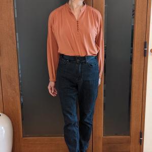 食欲の秋に履くストレッチジーンズ|甘撚りクールデニムの辛口カラーでカッコよく