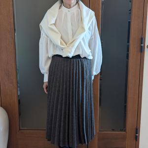 50代も常連の上質ファストファッション|芸能人がドラマで着ている全身コーデが1万円以内で買える!