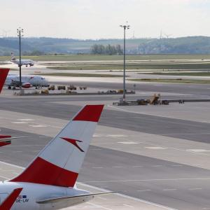 AR③ ウィーン空港の展望デッキで飛行機撮影!!