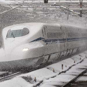 大晦日の米原駅②