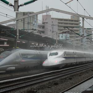雨の西明石駅 ①