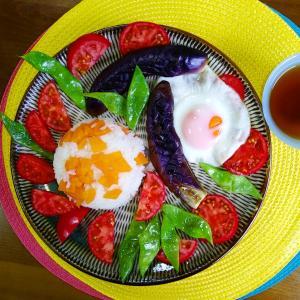 【Miho's和ごはん】ニンジンの炊き込みご飯と焼き野菜もり