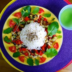 【Miho's和ごはん】ビーフンと夏野菜もり
