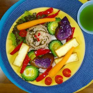 【M's和ごはん】魚の削り粉と塩昆布の炊き込みご飯と焼き厚揚げと野菜もり