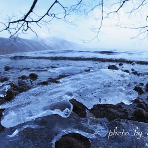 支笏湖氷景