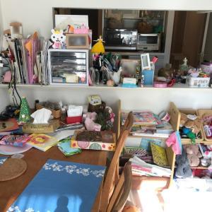 おもちゃや家族のモノで溢れたリビング・子供部屋をスッキリ空間に! 【整理収納コンサル事例】