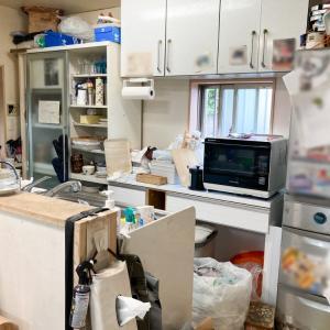モノだらけで家事がしづらいコンロ・シンク周りが劇的に改善!【整理収納コンサル事例】