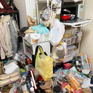 食材や食器が床置き&レンジ内にまで溢れたキッチンが劇的変化!【整理収納コンサル事例】