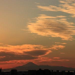 レンズ雲(高積雲)