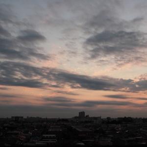 夕暮れ時の二重雲