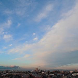 迫る雲の壁 棚雲