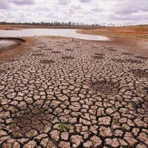 日本の水源も狙われている。:干ばつの豪州、中国企業が地下水を汲み上げ。数週間で枯渇