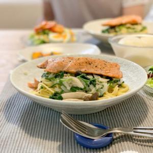 [低脂質レシピ]鮭とほうれん草のクリームパスタ&ハードリピしてるお蕎麦の話