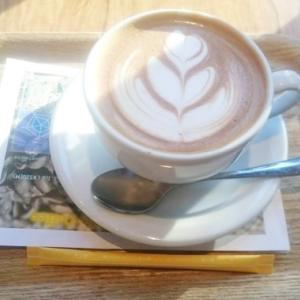 本日、産後カフェでカラーセラピー♡