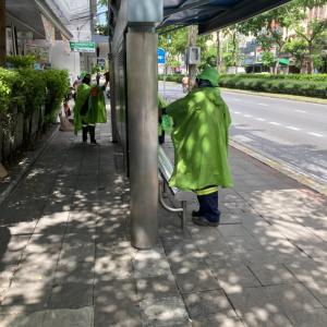 タイのバス停が進化してきたと思った瞬間