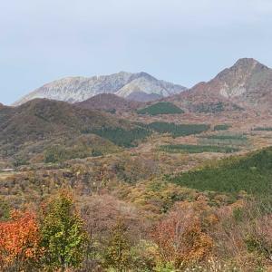 色づき始めた大山と神庭の滝へ