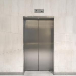 EVなしマンションの4階から退去しようとしたら、予想以上に大変
