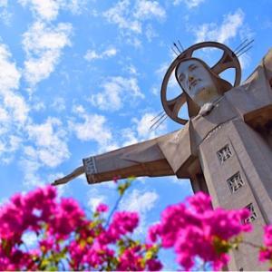 【日帰りブンタウ②】山の上の巨大キリスト像&バックビーチ