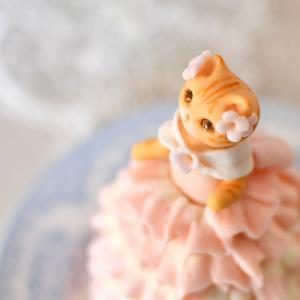 猫のドレスケーキ、メイキングと細部