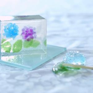 ガラスのような紫陽花寒天