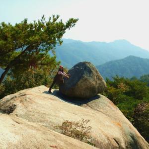 おむすび岩の写真