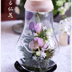 """お母様の四十九日に """"灯る仏花Ⓡ"""" お持ちしました。"""