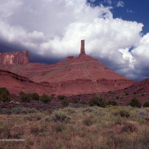 赤い岩の尖塔