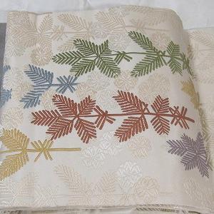 松の唐織りの名古屋帯で国立能楽堂へ♪