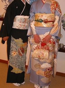 ホテルの結婚式、自前の振り袖や留め袖は大変