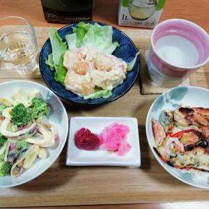 イカとブロッコリーのマスタードサラダ、鮭の香草焼き、エビマヨ