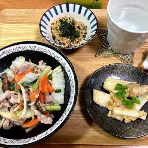 八宝菜、エリンのチーズしょうゆ焼き、ひき割り納豆