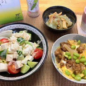 焼き鳥卵とじ、豆腐サラダ、刺身コンニャクのキンピラ