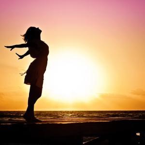 稼げる女性と運気の深い関係。タロット占い師直伝、あなたも強運体質になれる秘密とは?