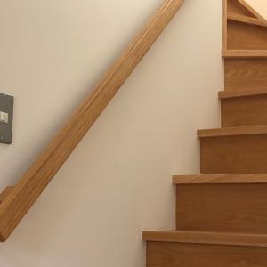 階段の手すりは右か左か?ちょっと残念ポイントも