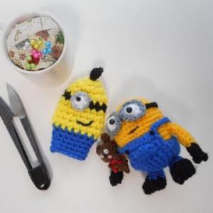手編み糸切りバサミケースは、ミニオンモデル(#^.^#)