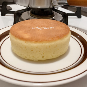 セリアでふんわり分厚い幸せパンケーキ。。