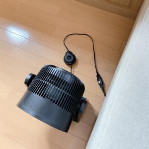 すっきり暮らす為の秘策!電気コードのごちゃつき解消アイテム。。