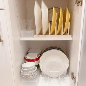 【キッチン:食器棚】【その5.一番下】位置的にはとても不便。楽な出し入れ目指してよく使う物の配置を工夫。。