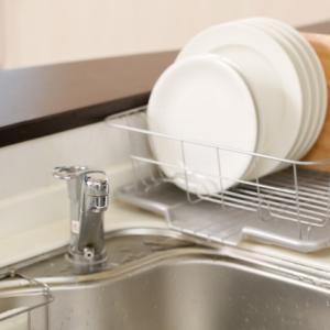 狭いキッチンでも使える生ゴミ乾燥機で嫌な匂いとコバエから解放されました